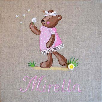 Immagine quadro soggetto Orsetta con fiore di colore rosa adatto ad una bambina